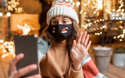 Staying Connected to Family & Friends During a Socially Distanced Holiday